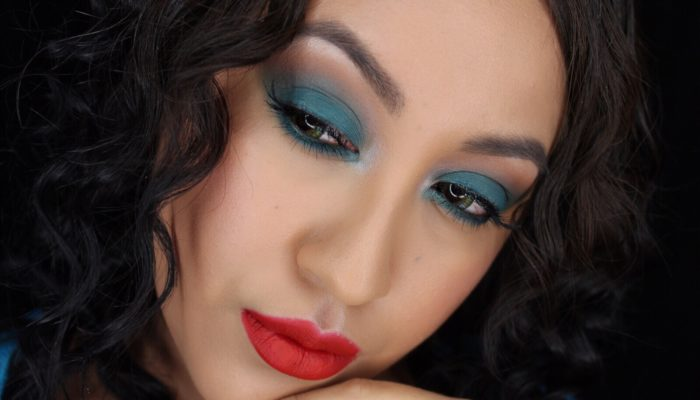 Rihanna blue shadow and red lips makeup inspiration