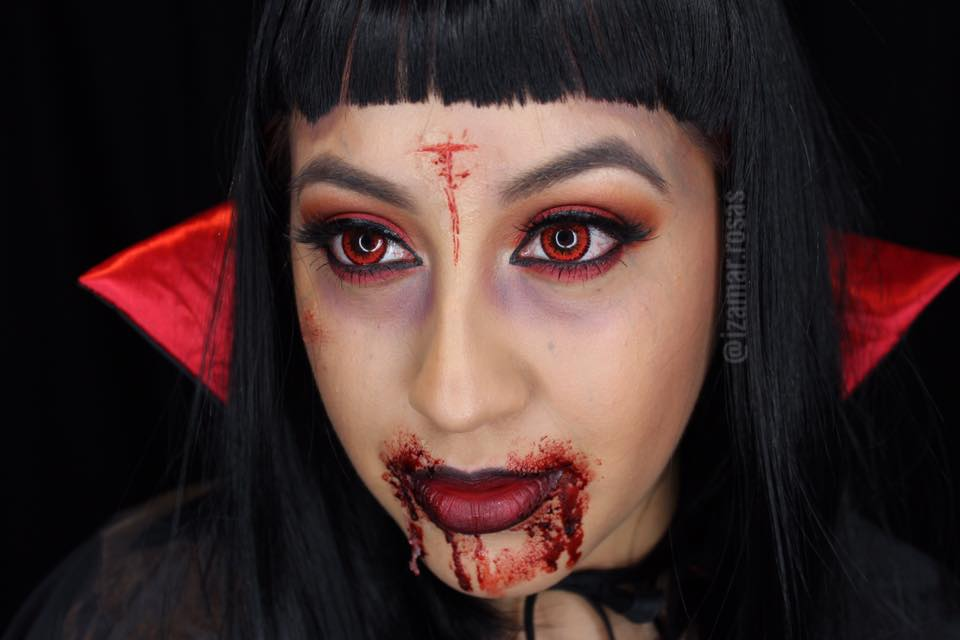Halloween Look | Creepy Vampire Makeup | Izamar Rosas